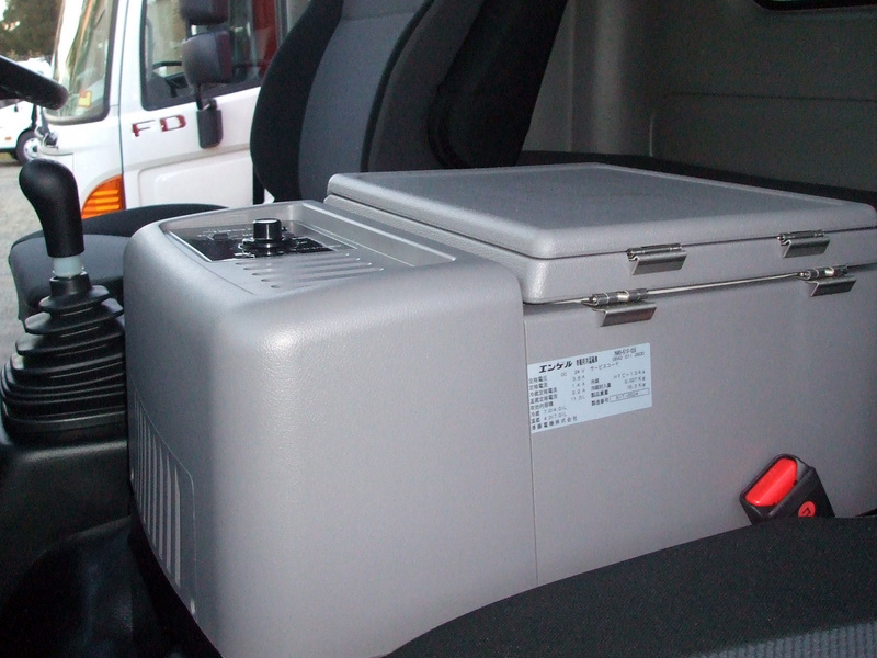 Hino fridge/warmer accessory