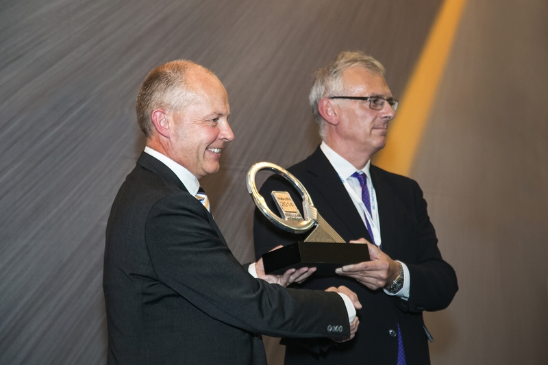 Volvo FH scores Truck of the Year award