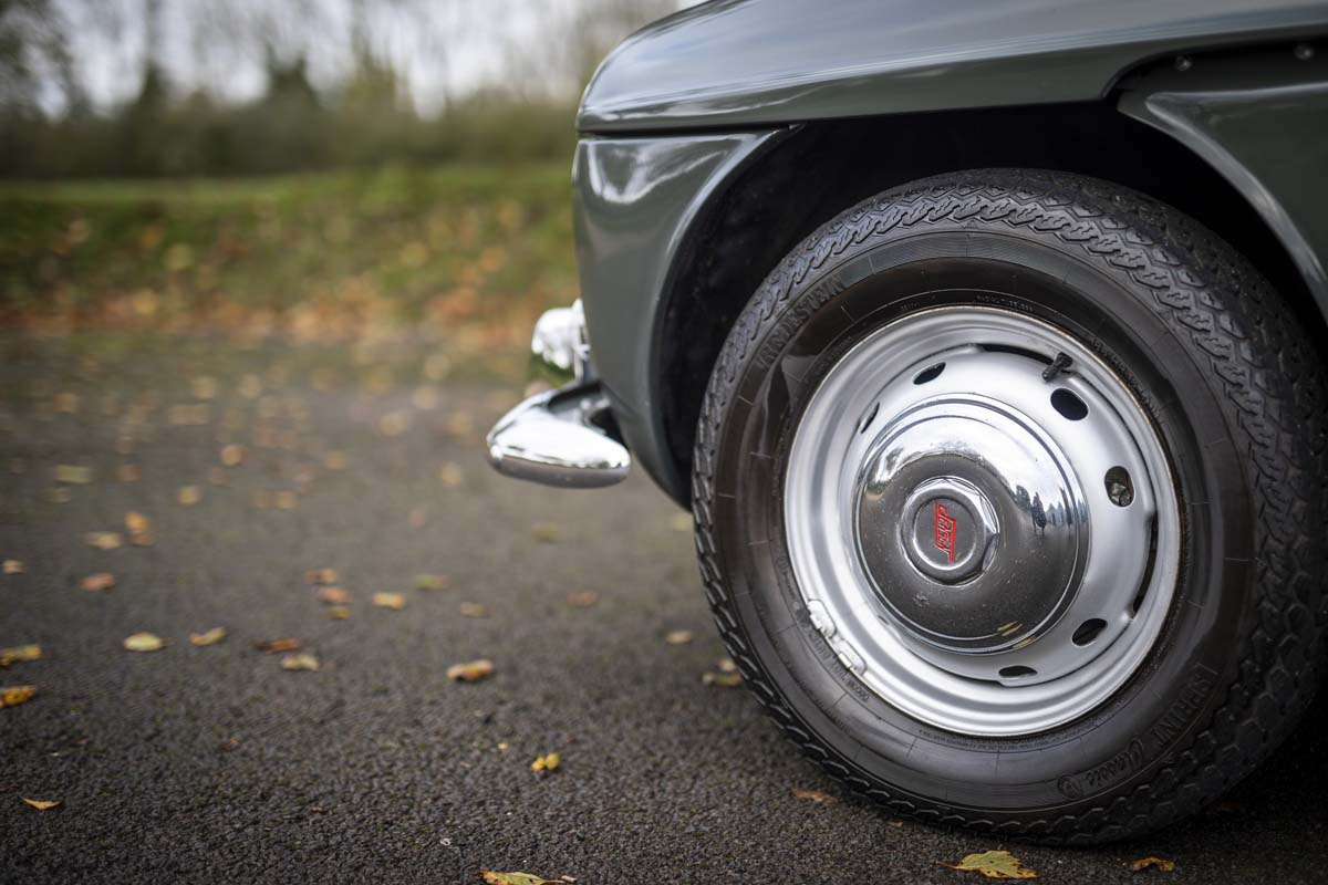 FEATURE - 1965 Jensen CV8 convertible