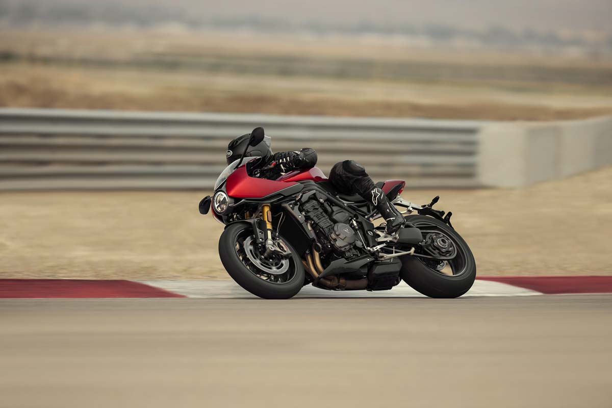Triumph reveals Speed Triple 1200 RR