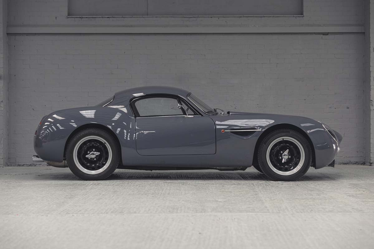 Rare 'Dowsetts Comet' going to auction in UK