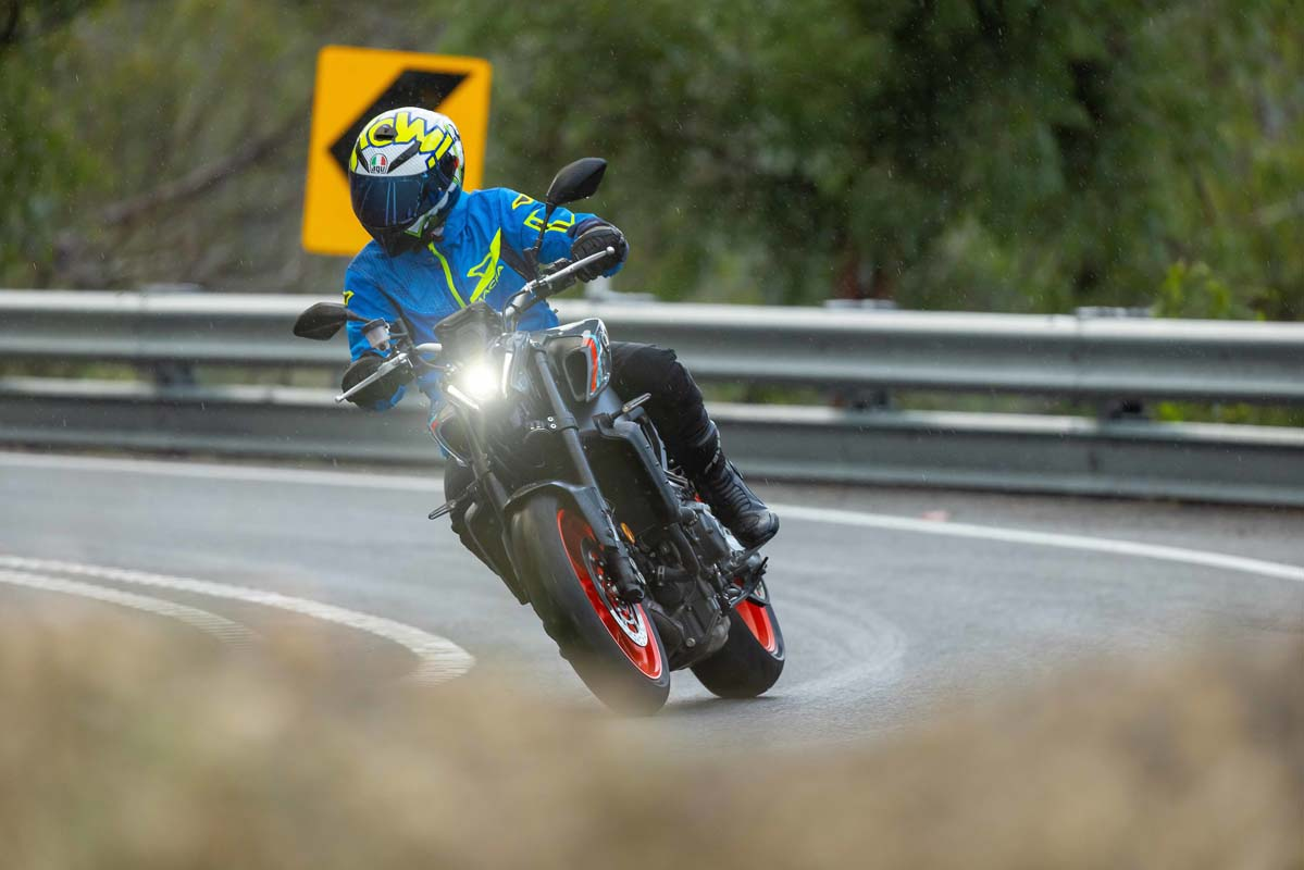 cLAUNCH TEST - 2021 Yamaha MT-09 and MT-09 SP