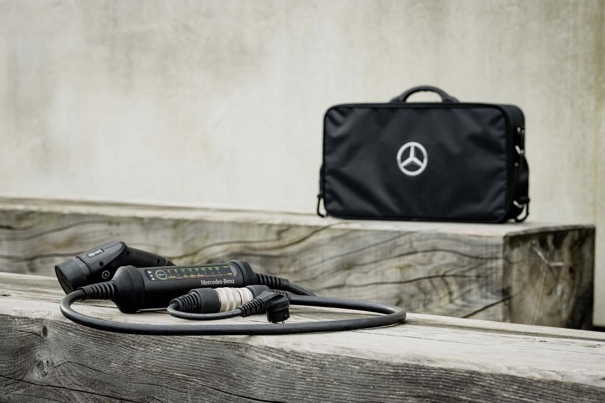TECH – Mercedes-Benz EQ charging system