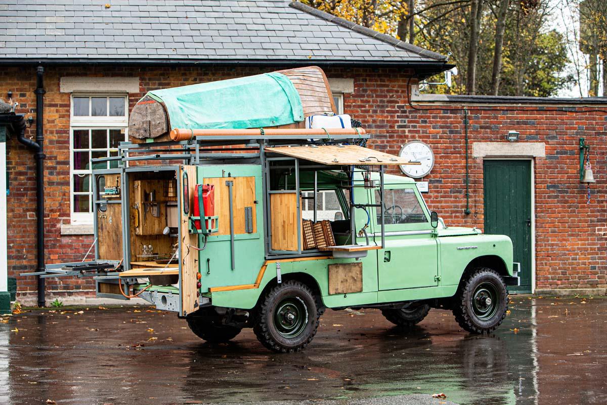 FEATURE - 1982 Land Rover custom