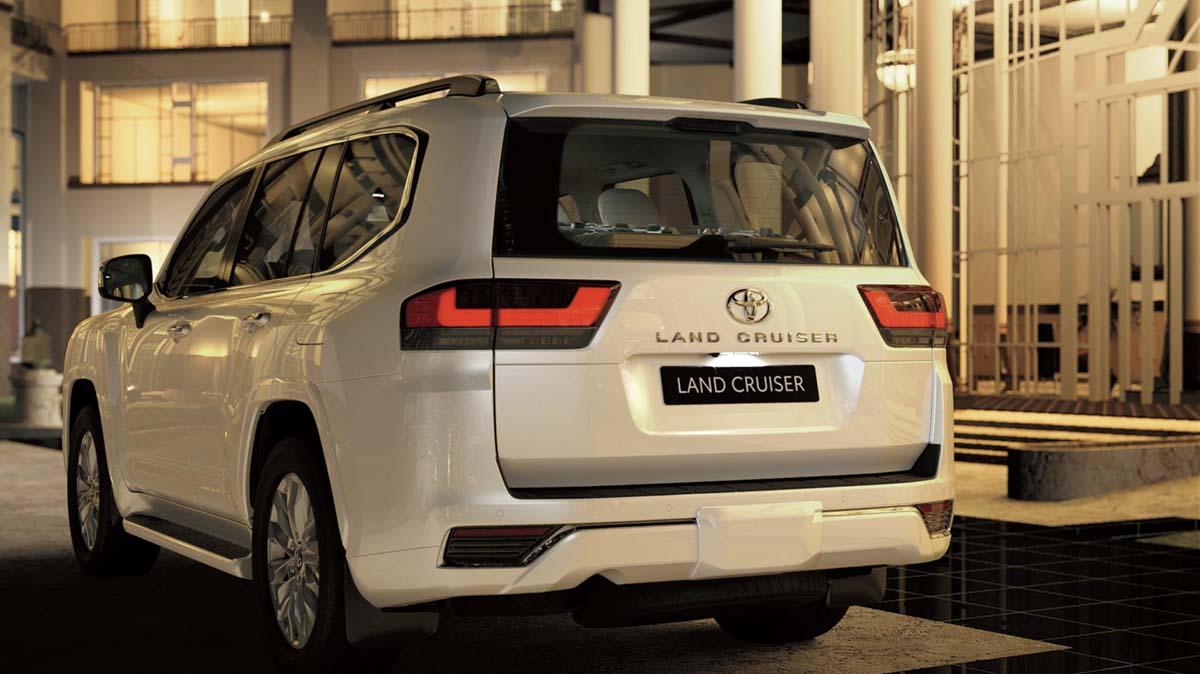 Toyota reveals LandCruiser 300 Serie