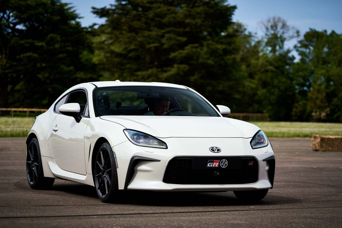 Toyota previews updated 86