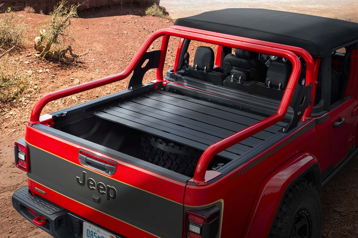 FEATURE – 2021 Jeep Red Bare Gladiator concept