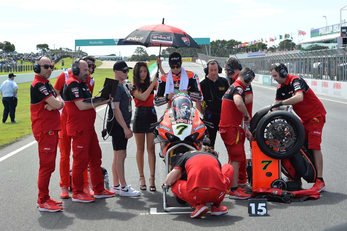 Chaz Davies to retire from World Superbikes
