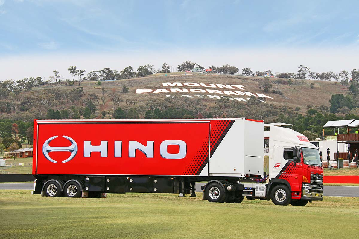 Hino extends Supercars series partnerships to 2025