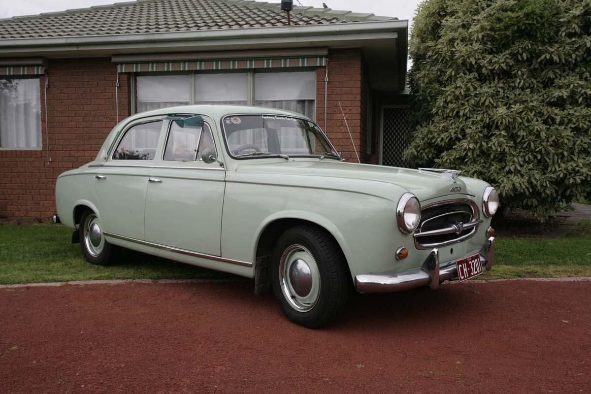 FEATURE – 1956 Peugeot 403
