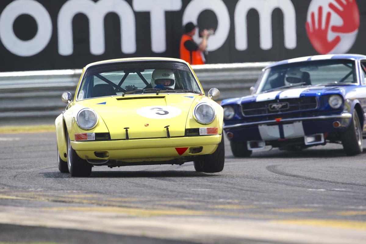 HTCAV – Porsches in Touring Car Racing
