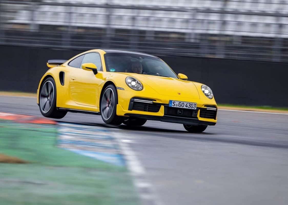 Porsche 911 Turbo wins 2021 World Performance Car award