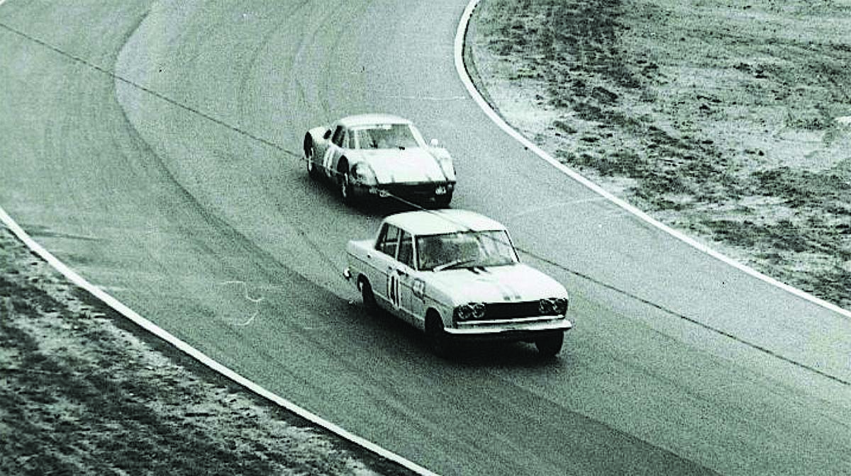 HTCAV – Nissan Skyline history