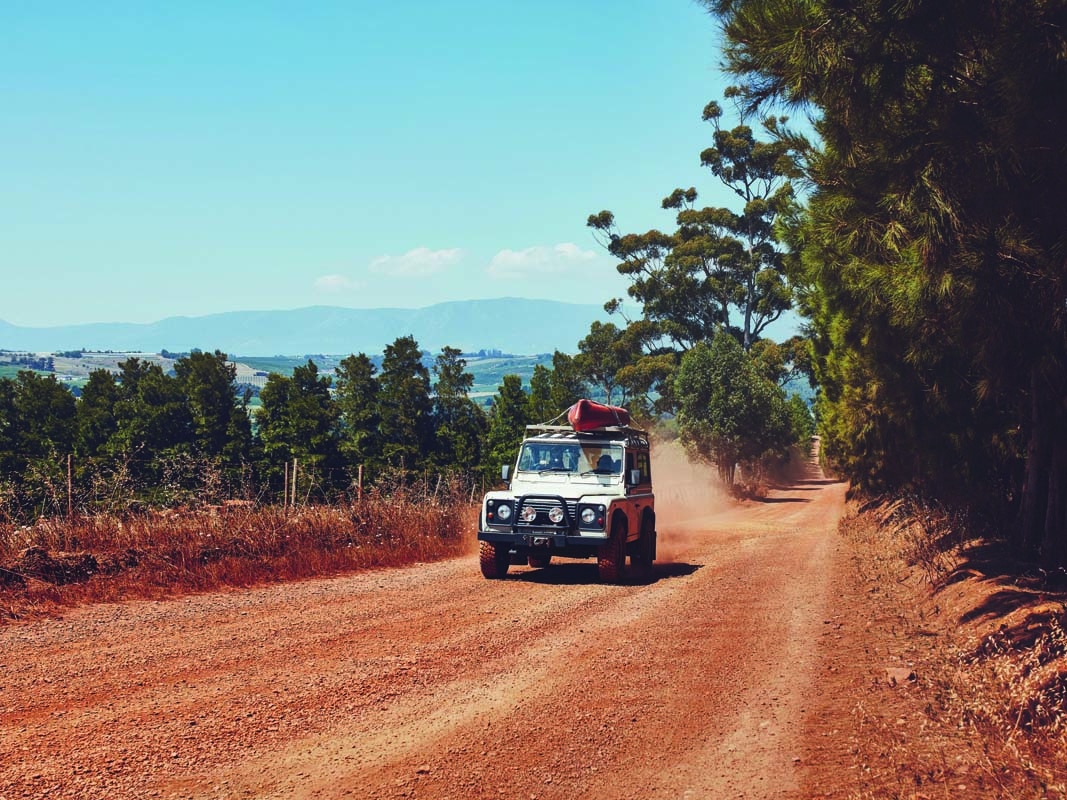 ADVICE – COUNTRY ROAD DRIVING TIPS