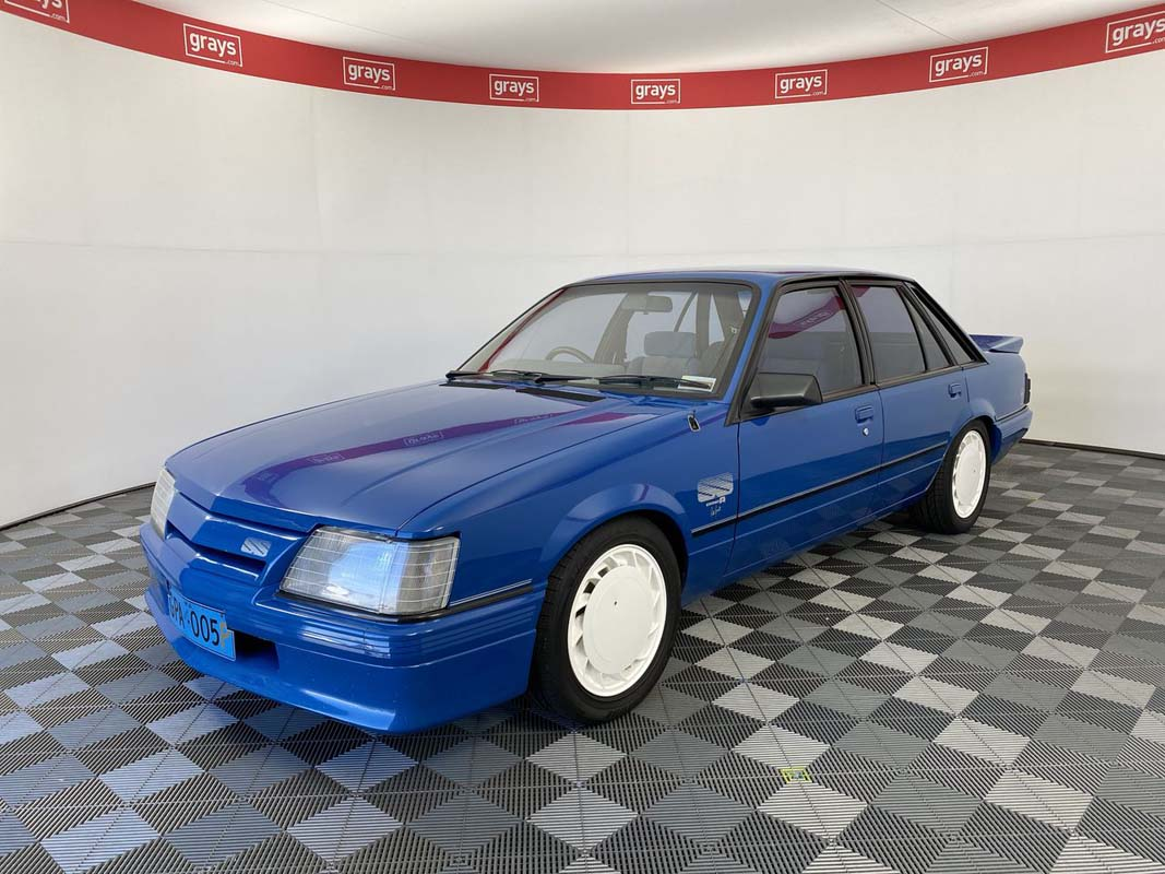 'Brock's Own' HDT Commodore auctioned for over $1 million