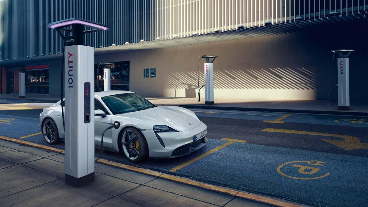 REVIEW – Porsche Taycan