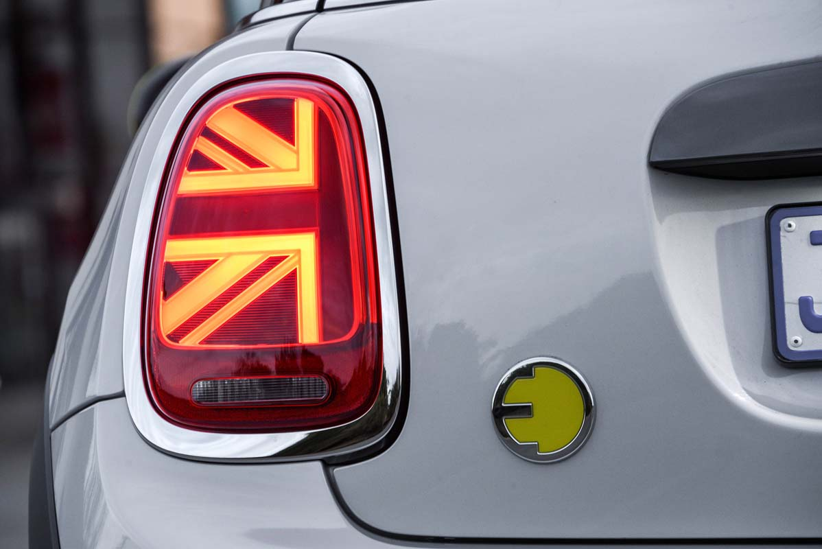 REVIEW – MINI ELECTRIC
