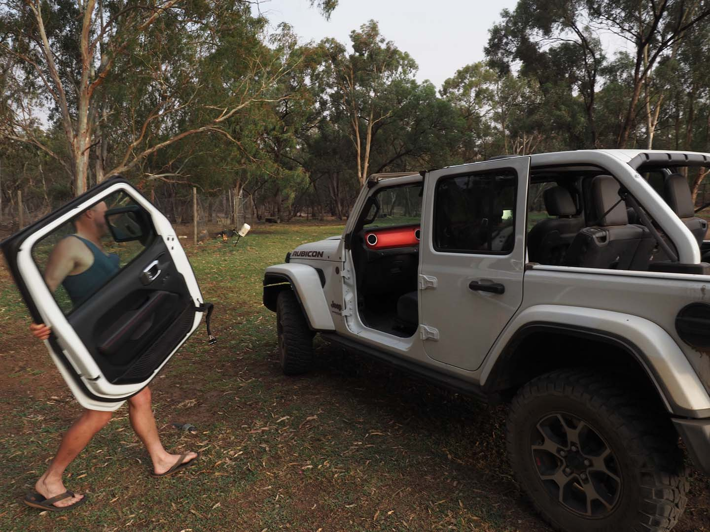 The 27-minute pocket-toolkit - Jeep Wrangler Rubicon Part 2 of 5