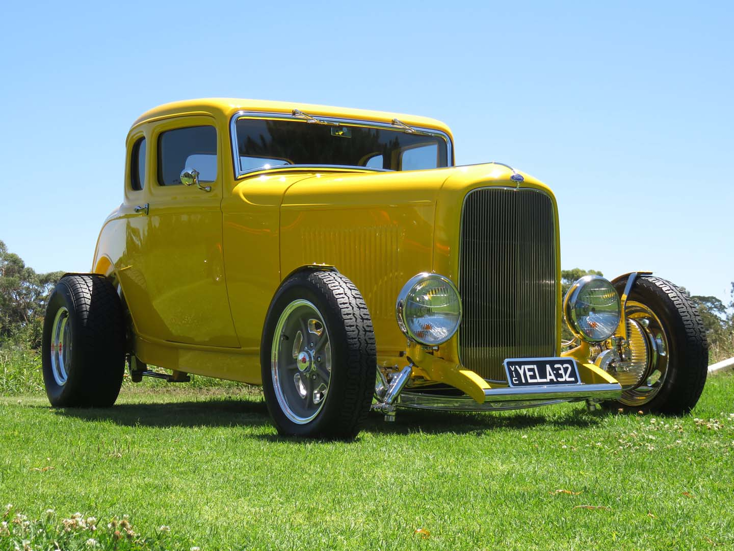 Feature 1932 Ford Coupe Hot Rod Just Cars