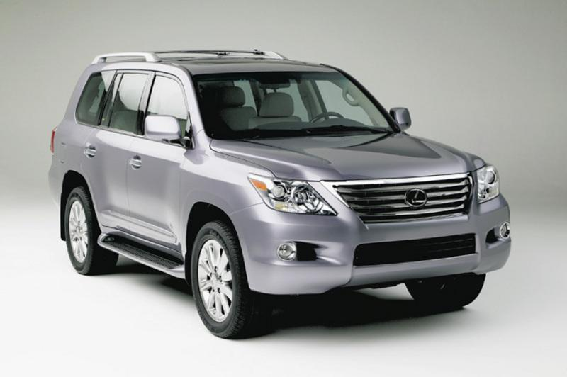 45 degree view of the front of the lexus lx570