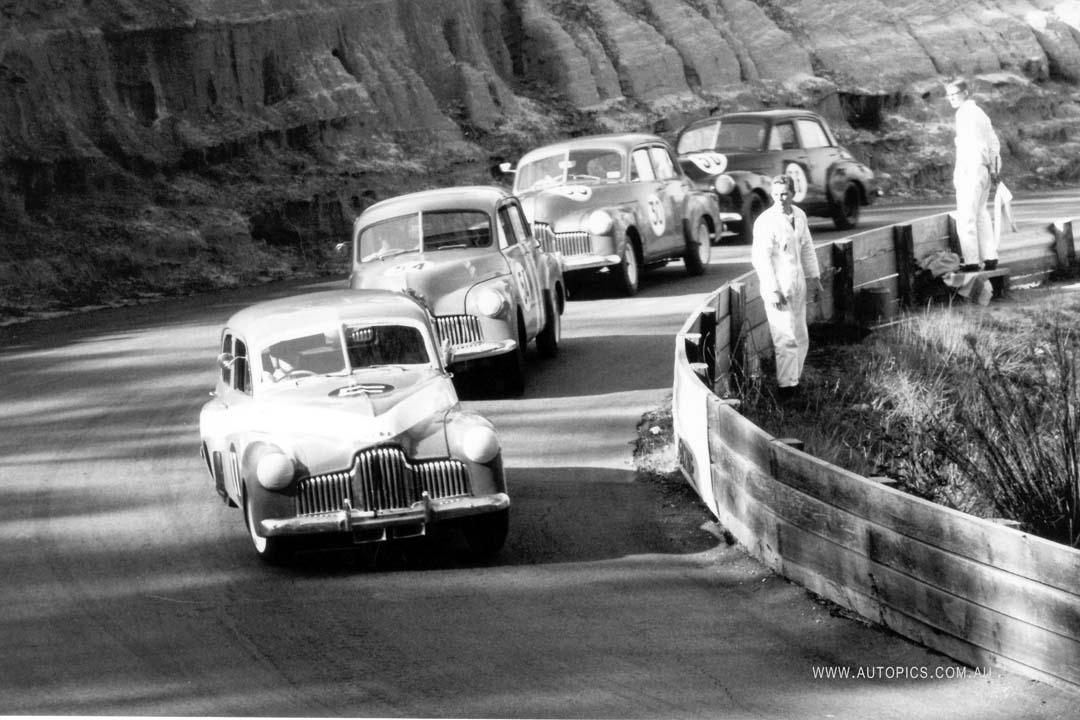 FX Holdens racing at Catalina Park Raceway in 1965