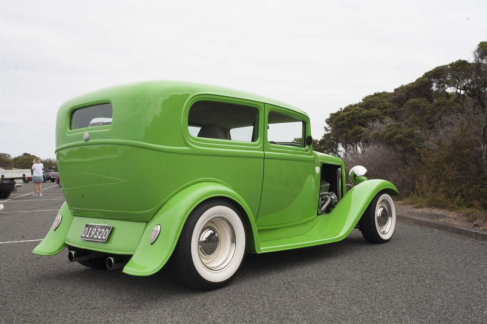 1932 Ford Tudor Hot Rod